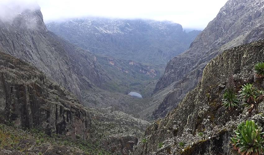 9 Days Rwenzori Mountains Hiking Safari