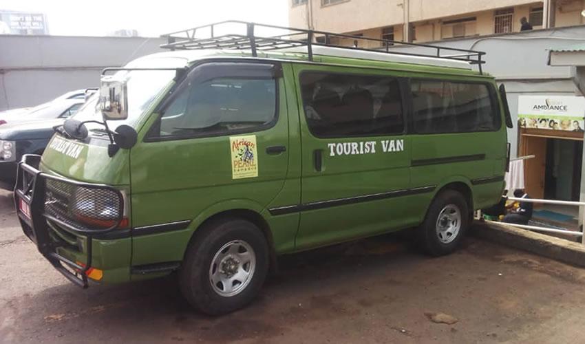 Safari Car Hire in Uganda